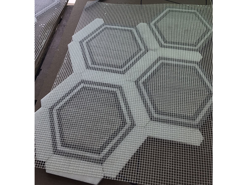 Waterjet design with wooden white and Thassos